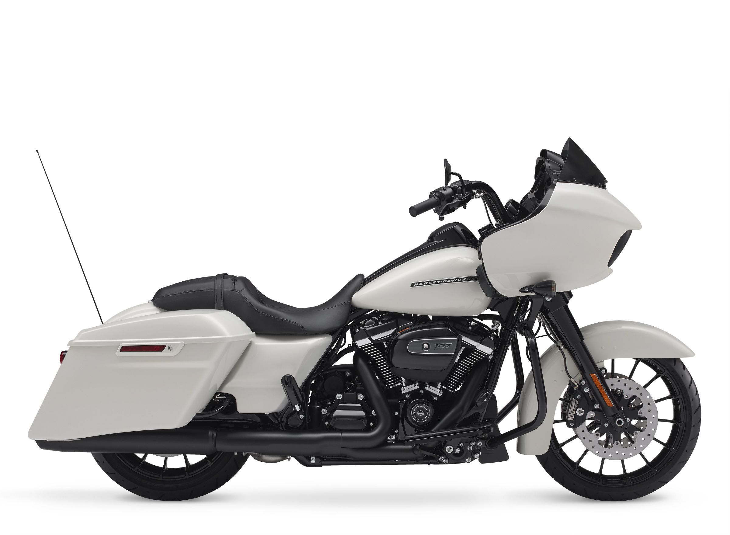 2018 Harley-Davidson Touring and CVO First Look   Motorcyclist