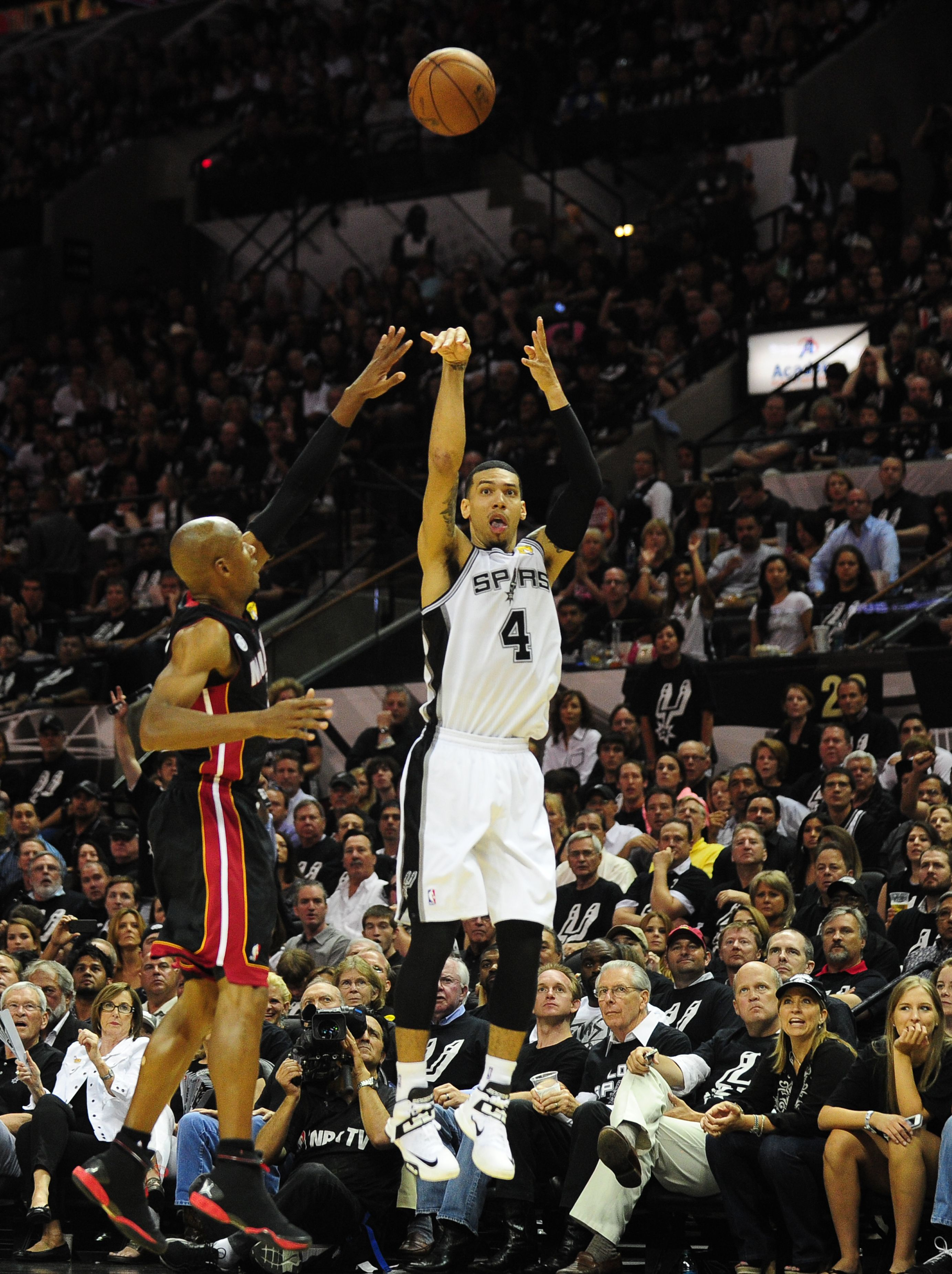 Spurs Danny Green Emerges As Outside Threat The Boston Globe