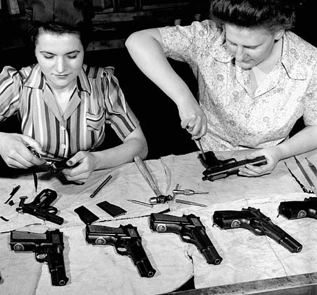The Browning Hi Power Gun History Range 365
