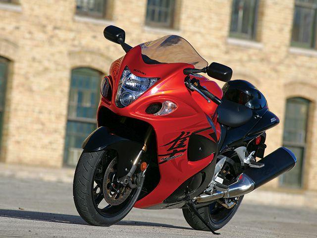 2007 And 2008 Suzuki GSX 1300R Hayabusa   Motorcyclist