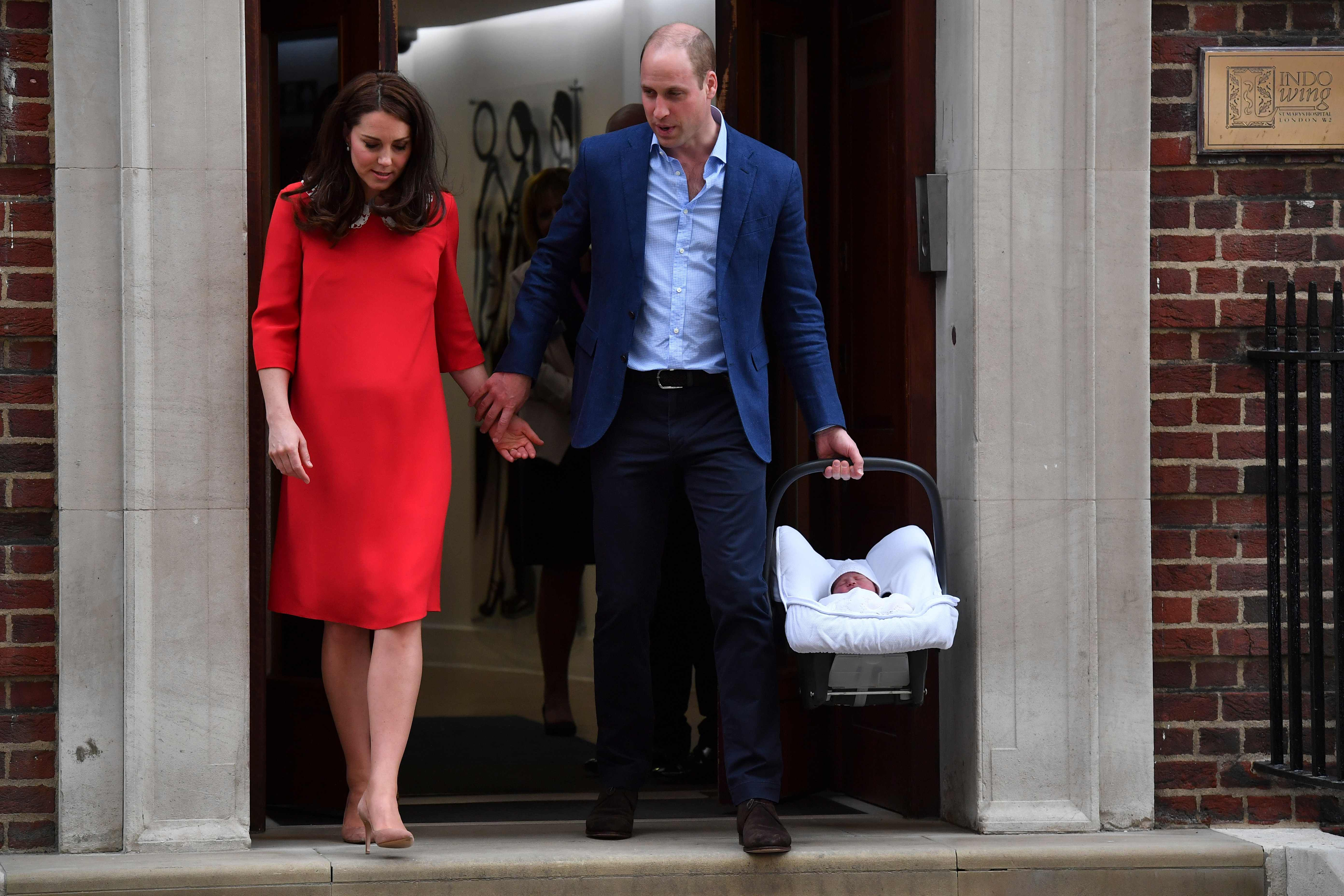 Kate left the hospital in stilettos less than 7 hours after
