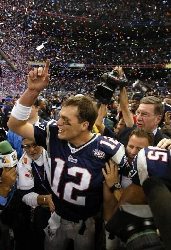 Patriots shock NFL, defeat Rams to win Super Bowl - The Boston Globe