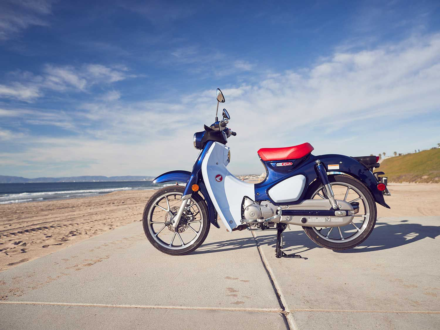 Riding The World's Friendliest Motorcycle, The Honda Super