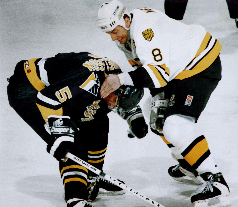 Cam Neely didn't dwell on Ulf Samuelsson hit - The Boston Globe