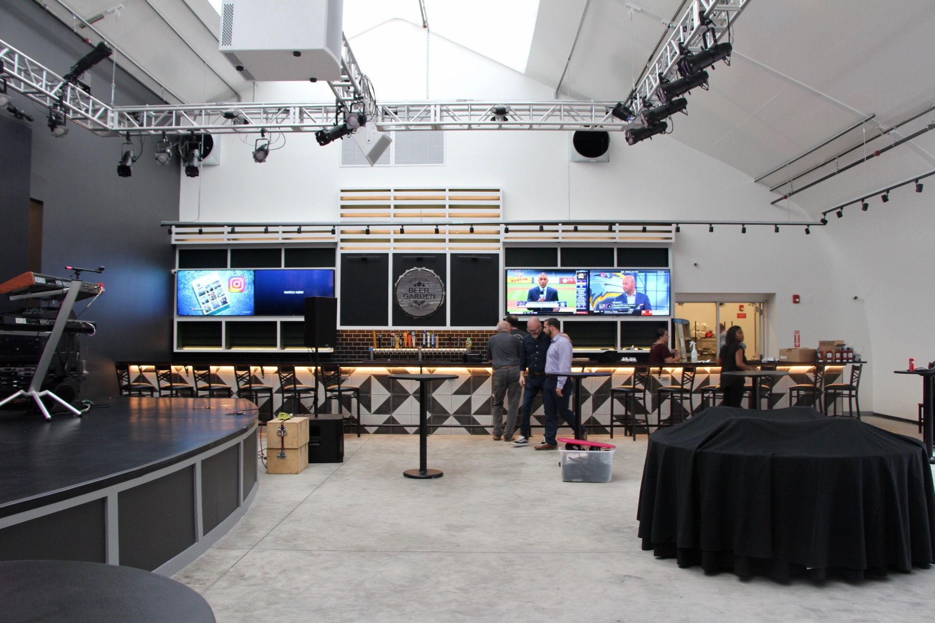 Worcester S Brew Beer Garden Pavilion With A 19 Foot Led Video