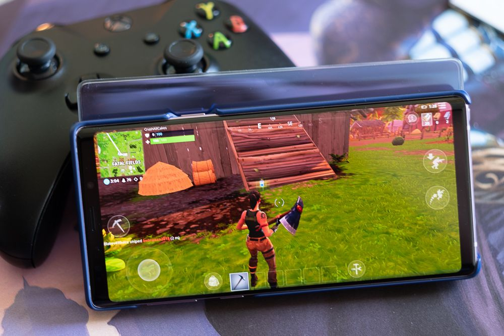The Samsung Galaxy Note 9 is a great gaming phone that won't