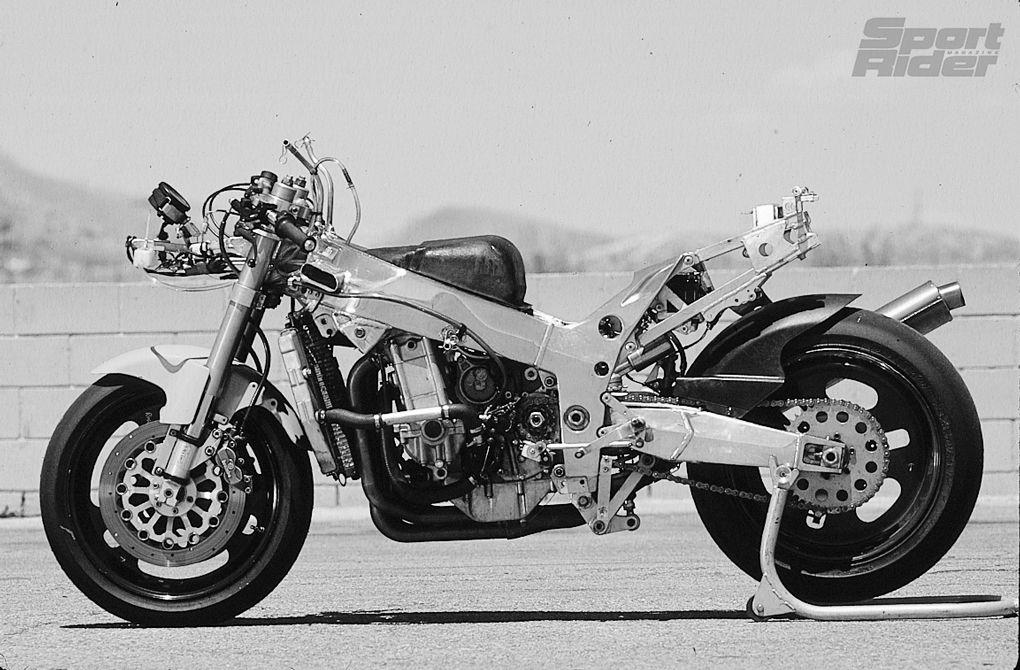 SR Archive: 1996 Muzzys Kawasaki ZX-9R Ride Review | Cycle World