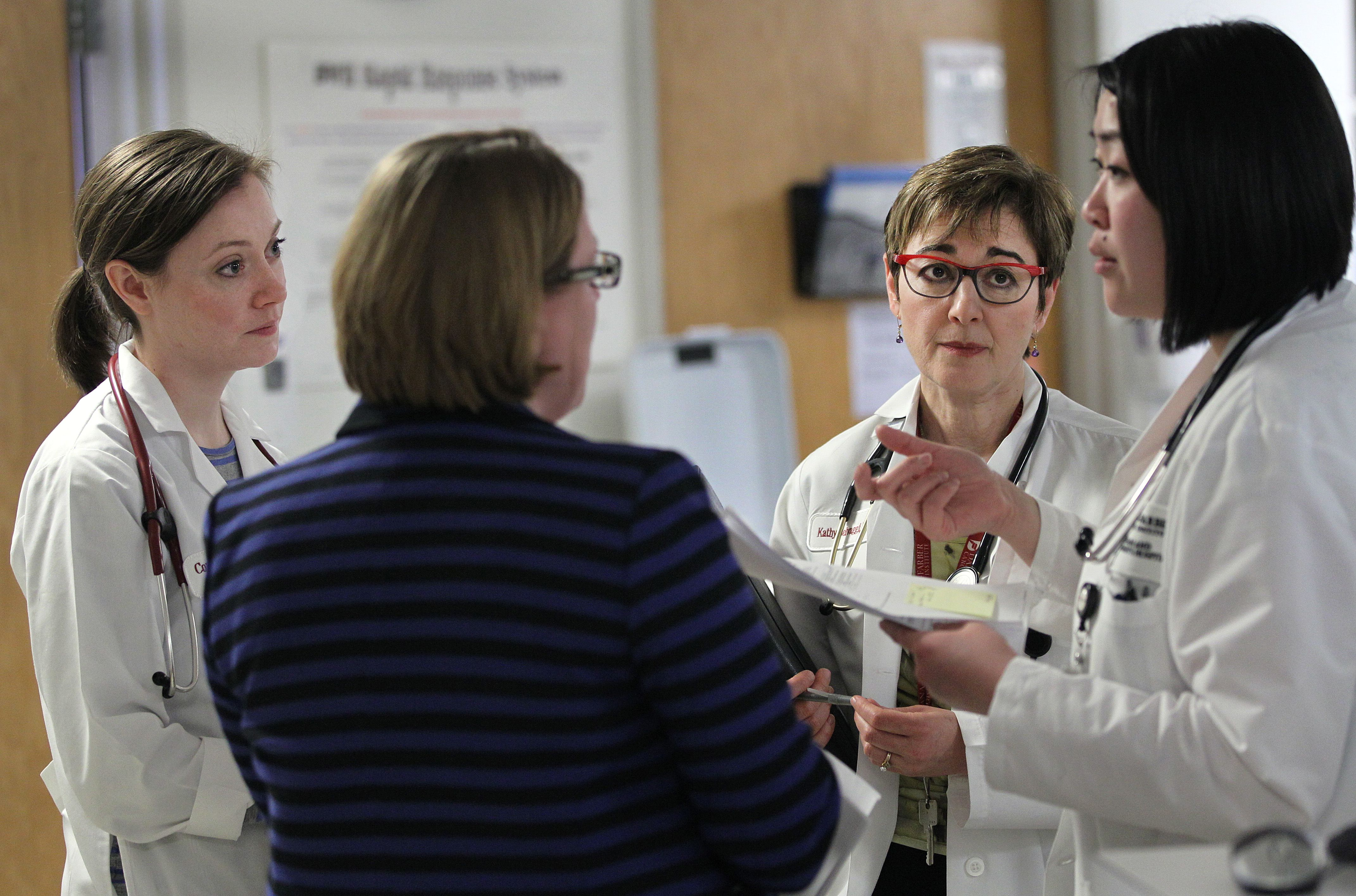 Involving patients in hospital 'rounds' can curb medical
