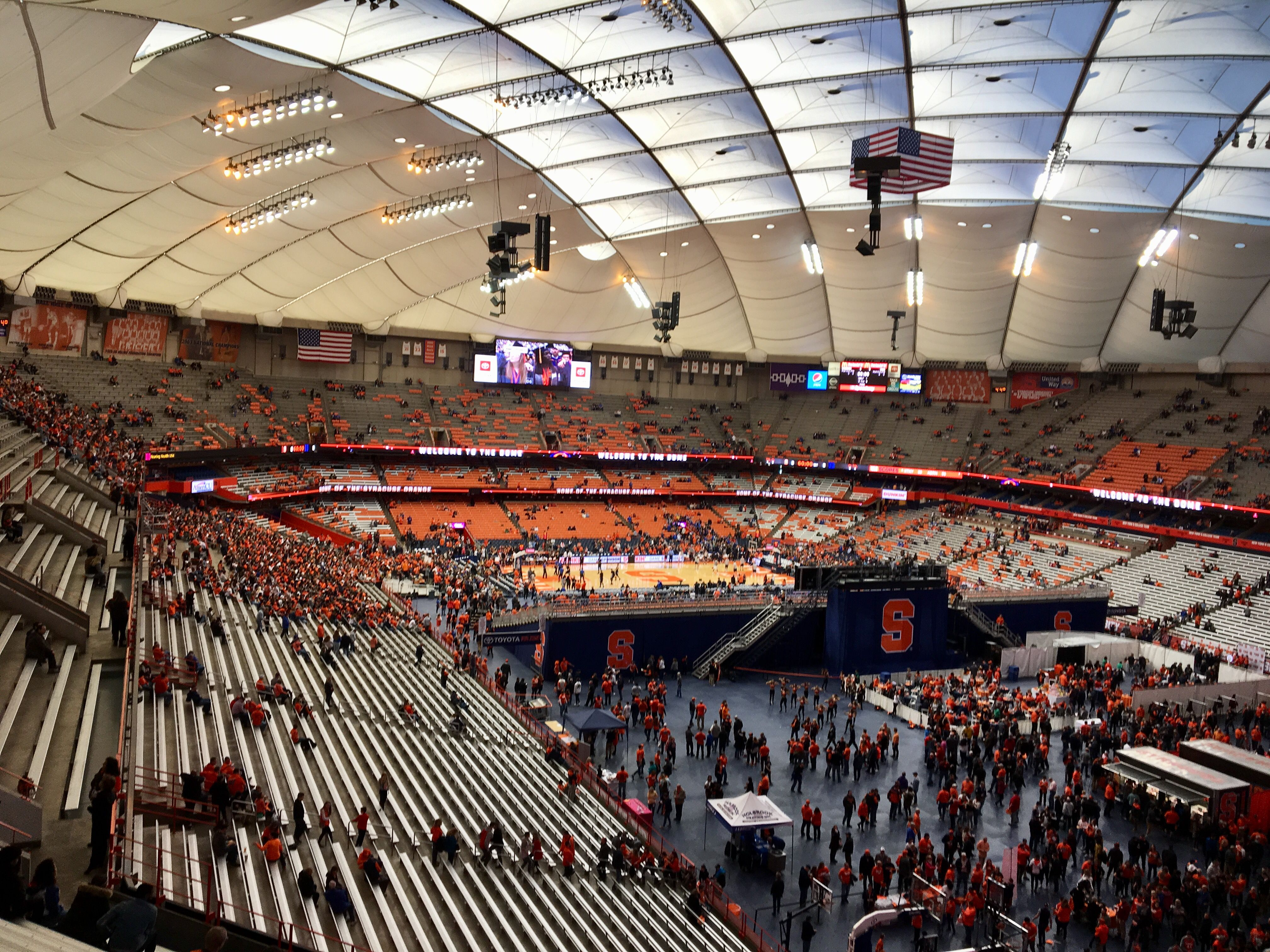 Can You See The Basketball Game From Way Over There In The Carrier Dome Syracuse Com