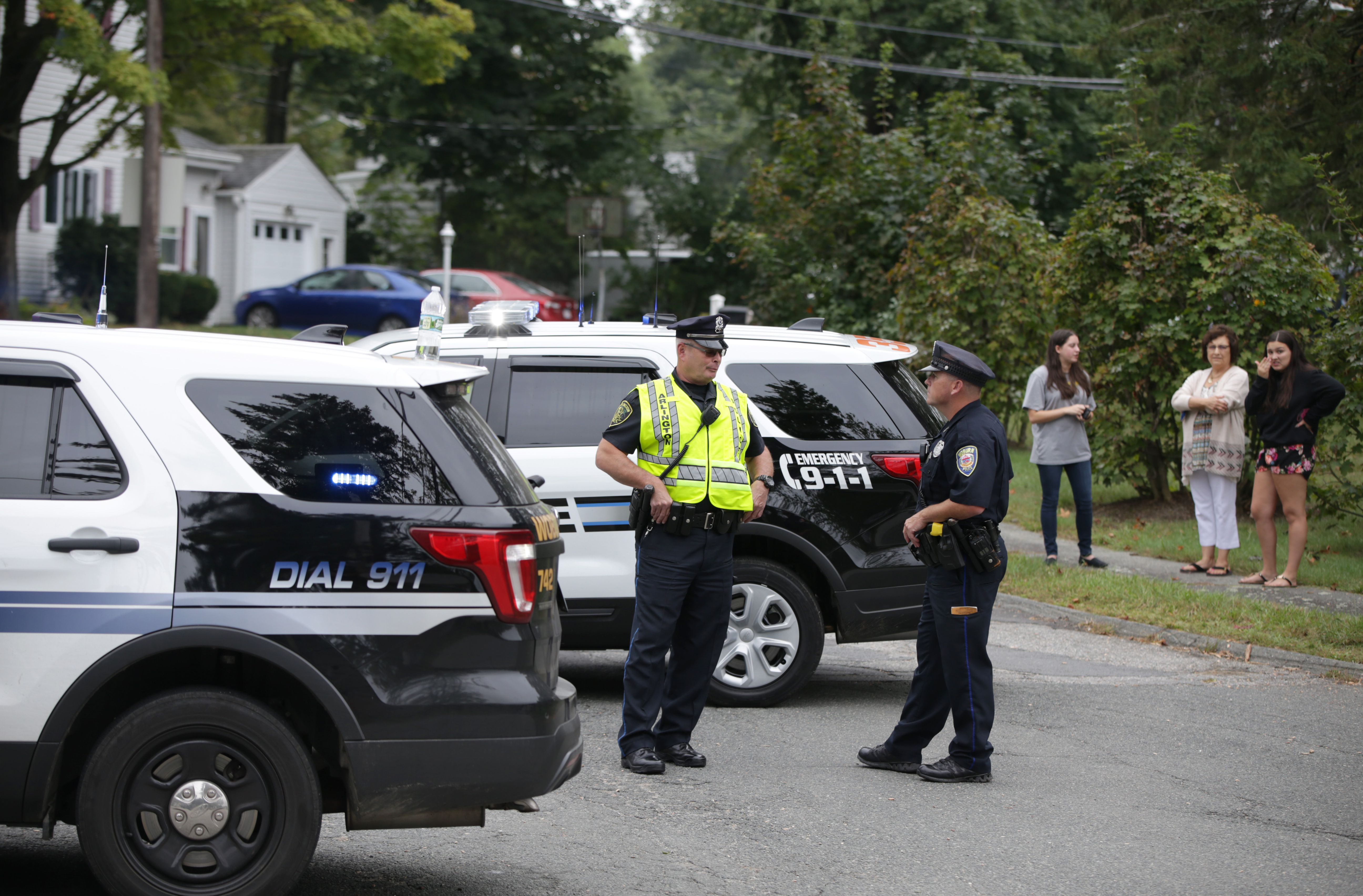 Husband and wife killed in plane crash in Woburn - The Boston Globe