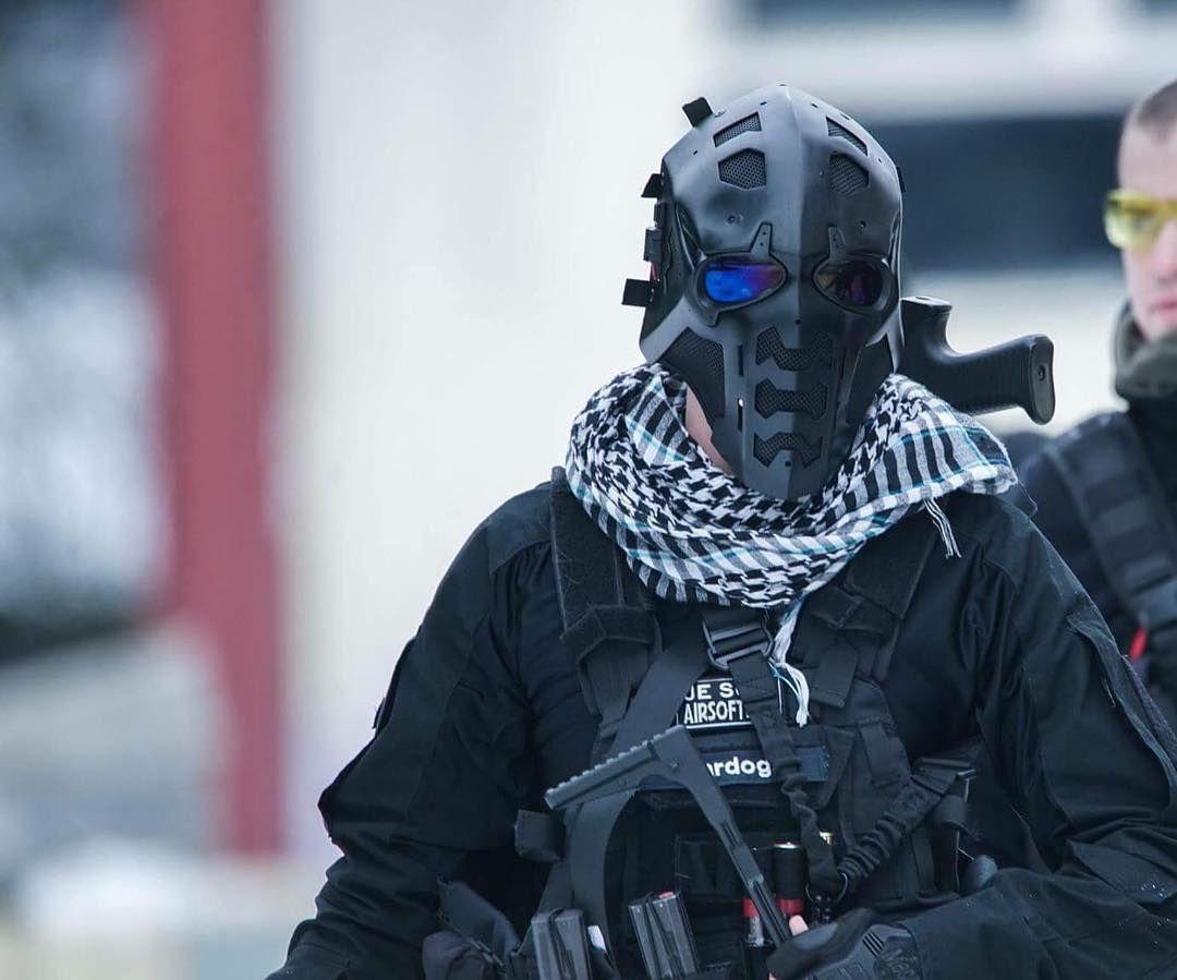 Brits Testing Bulletproof Mask Range 365