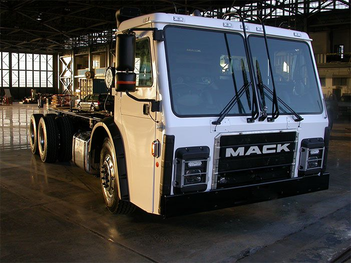 Tesla Co-Founder Creates Self-Charging Garbage Truck | Popular Science