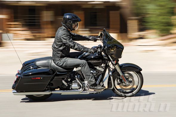 2014 Harley Davidson Street Glide Special Test Review Photos