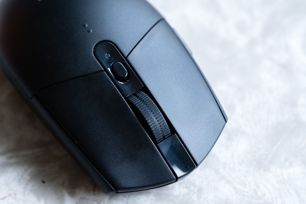 The Logitech G305 wireless gaming mouse is like a family sedan with