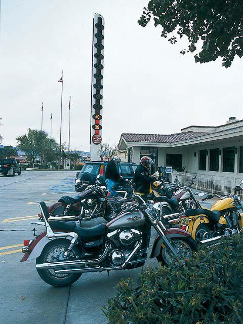 The Big V-Twins Test   Motorcyclist