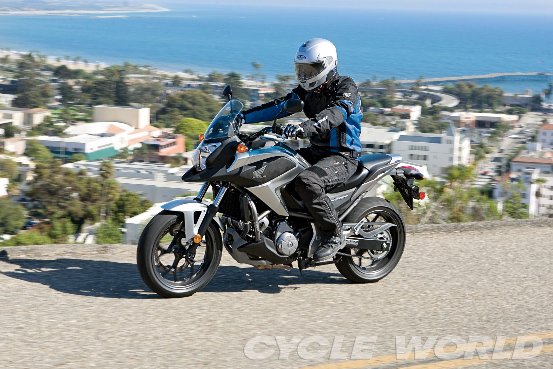 Honda NC700X Road Test Review- Specifications- Photos | Cycle World
