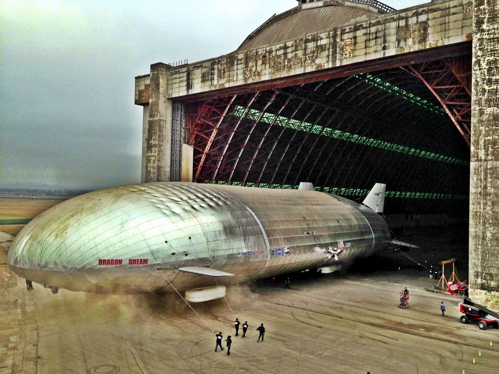 Aeroscraft Shows Off Its Giant Airship Popular Science