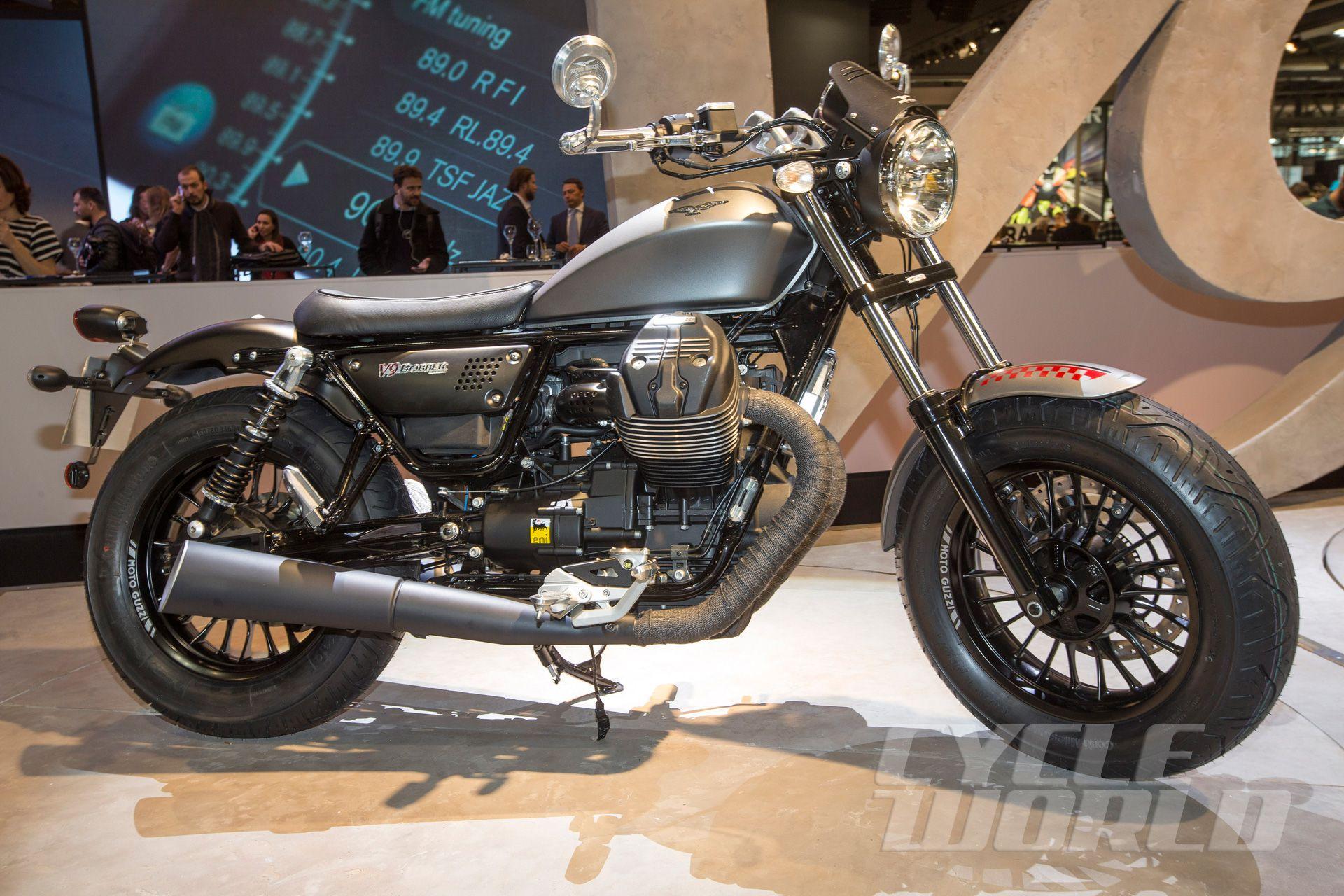 2016 Moto Guzzi V9 Roamer V9 Bobber Cruiser Review Photos Cycle World