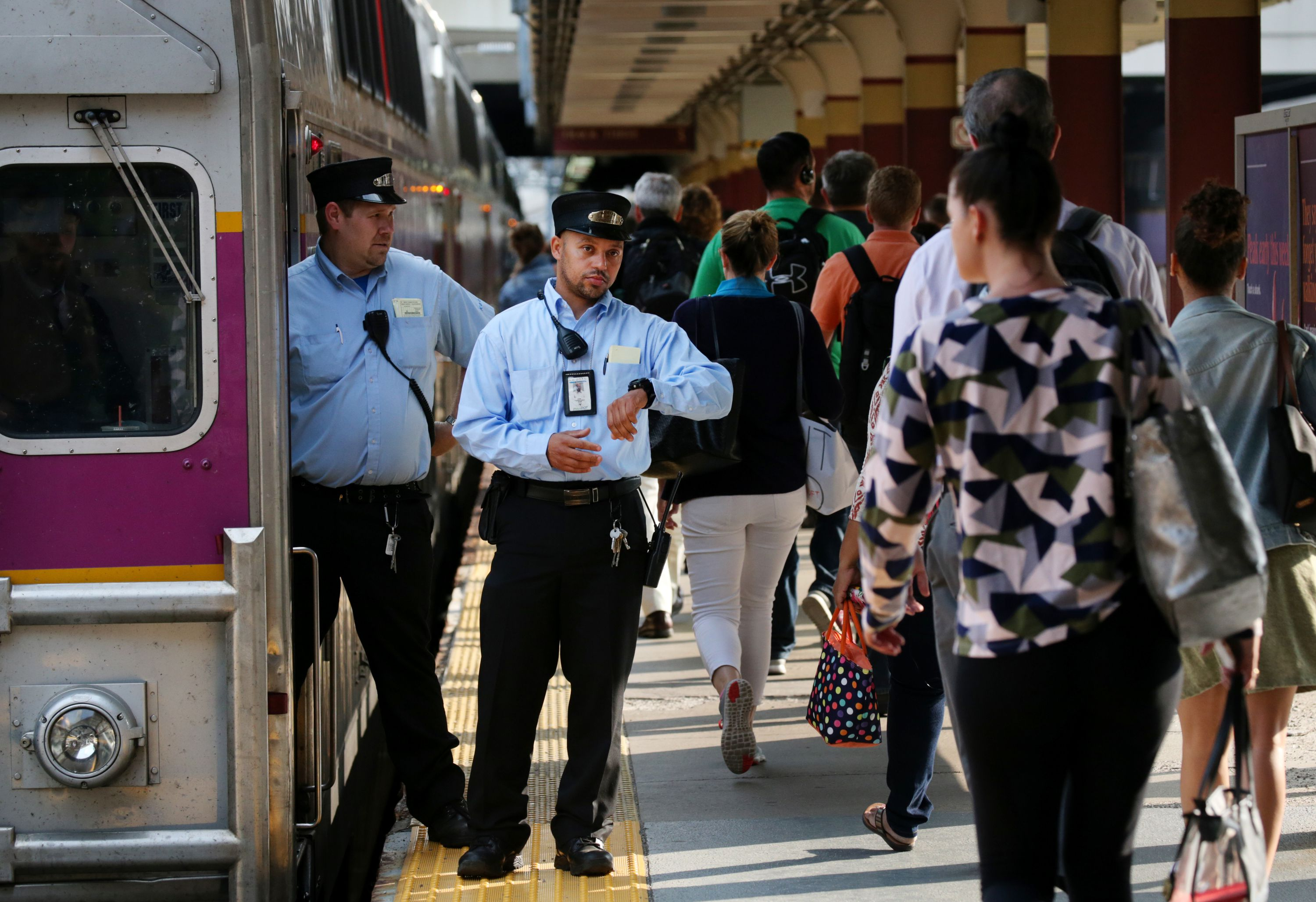 New MBTA fare collection system is delayed - The Boston Globe