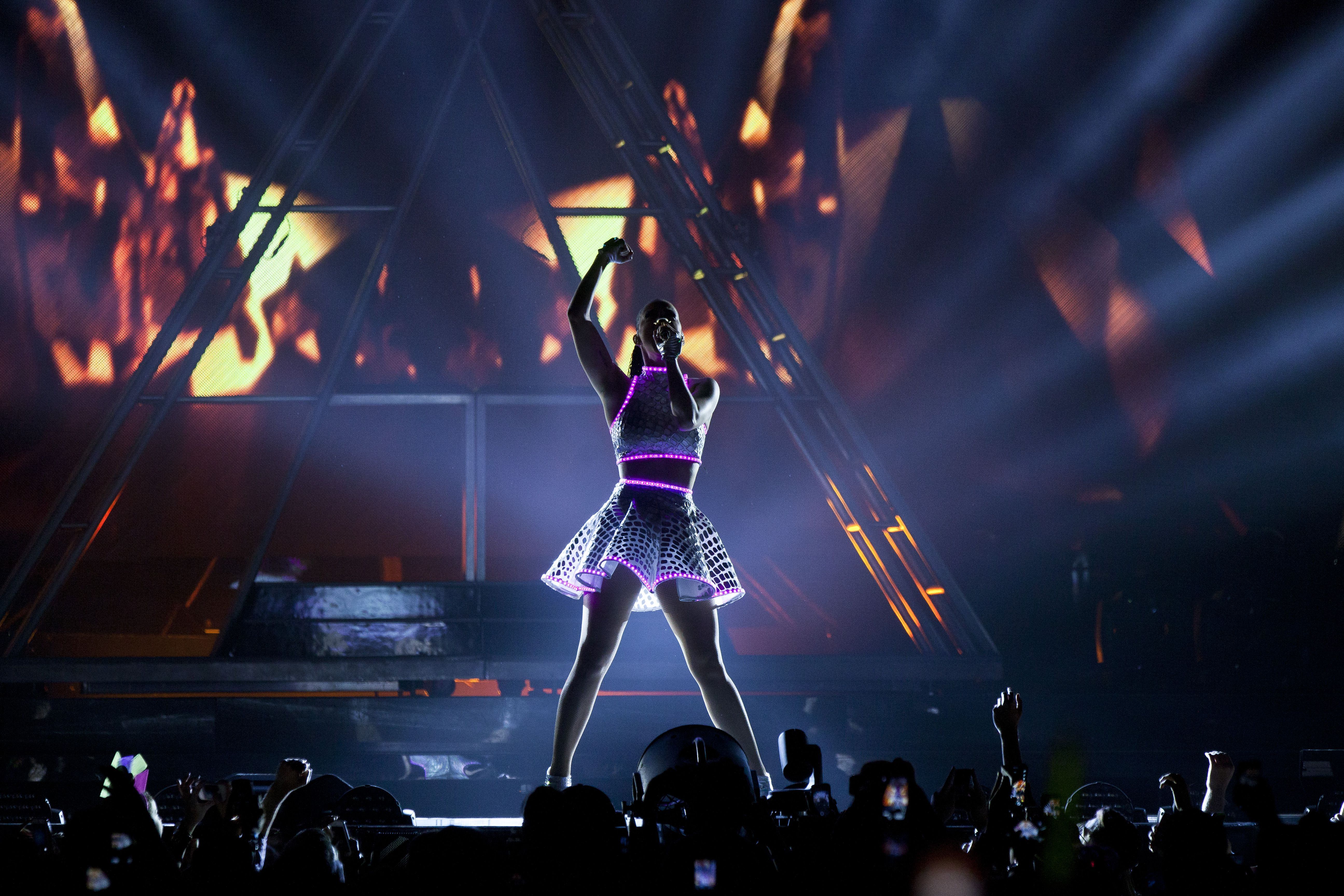Katy Perry In Full Force At Td Garden The Boston Globe