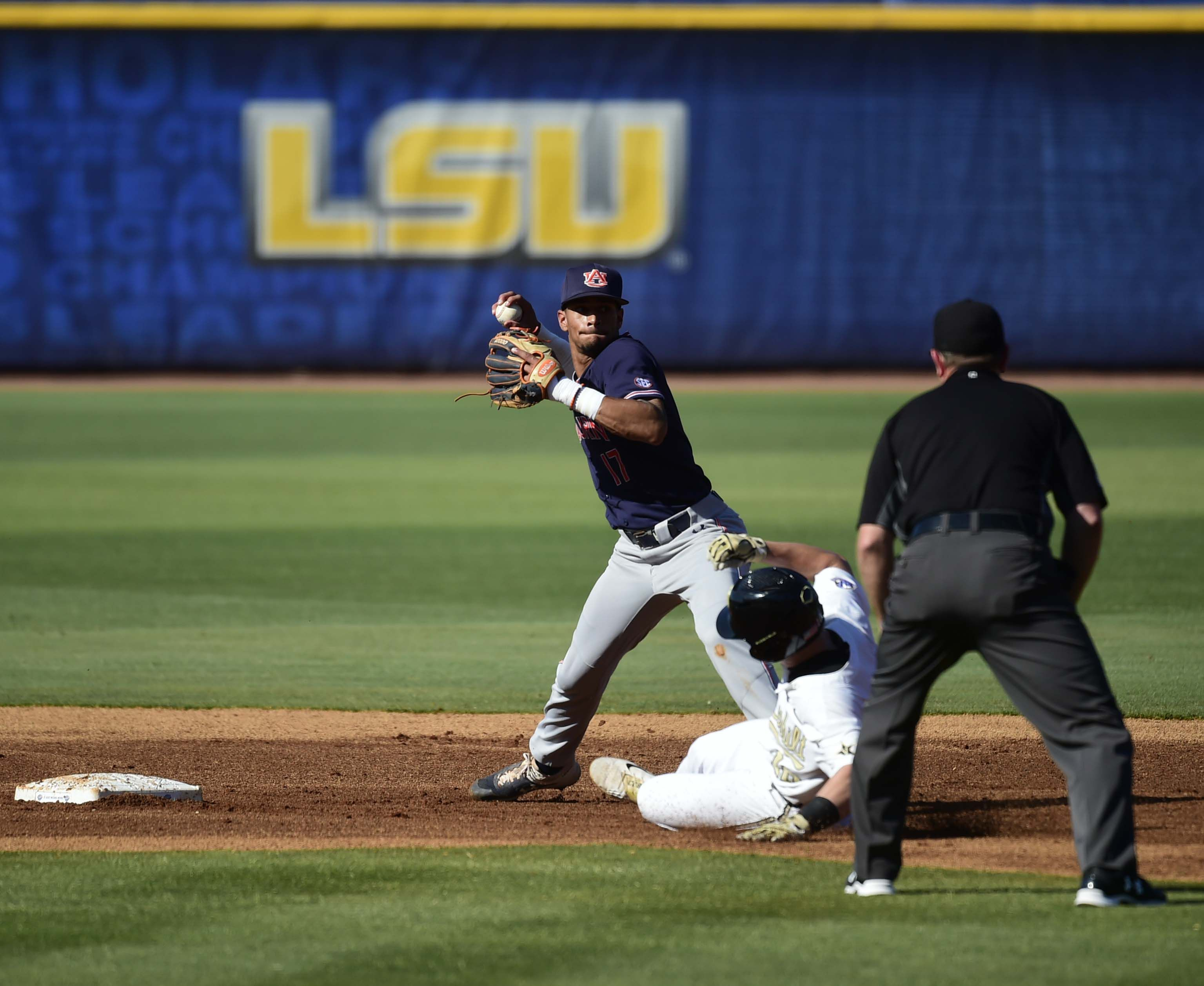 MLB Draft: Auburn baseball SS Will Holland drafted by Twins