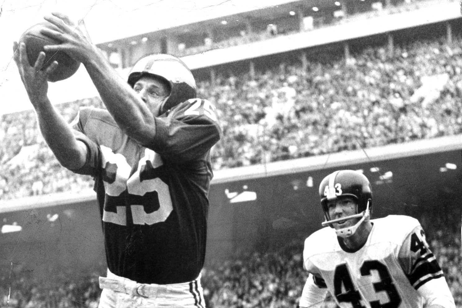 Tommy McDonald, Eagles Hall of Famer, dies