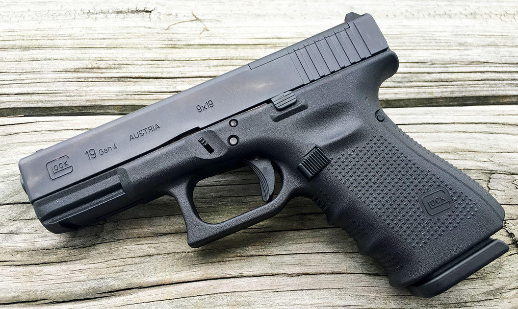 Glock 19 Review, Sig Sauer P229 Review | Range 365