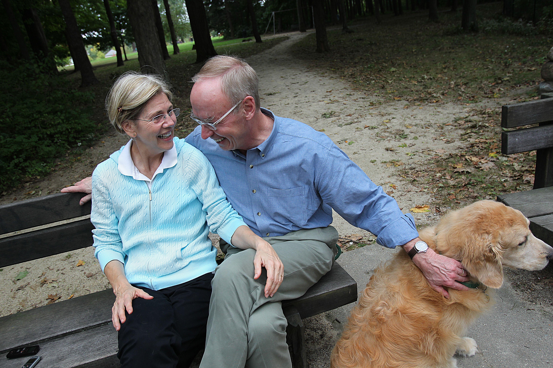 5489d44cbccaba Family long a bedrock for Elizabeth Warren - The Boston Globe