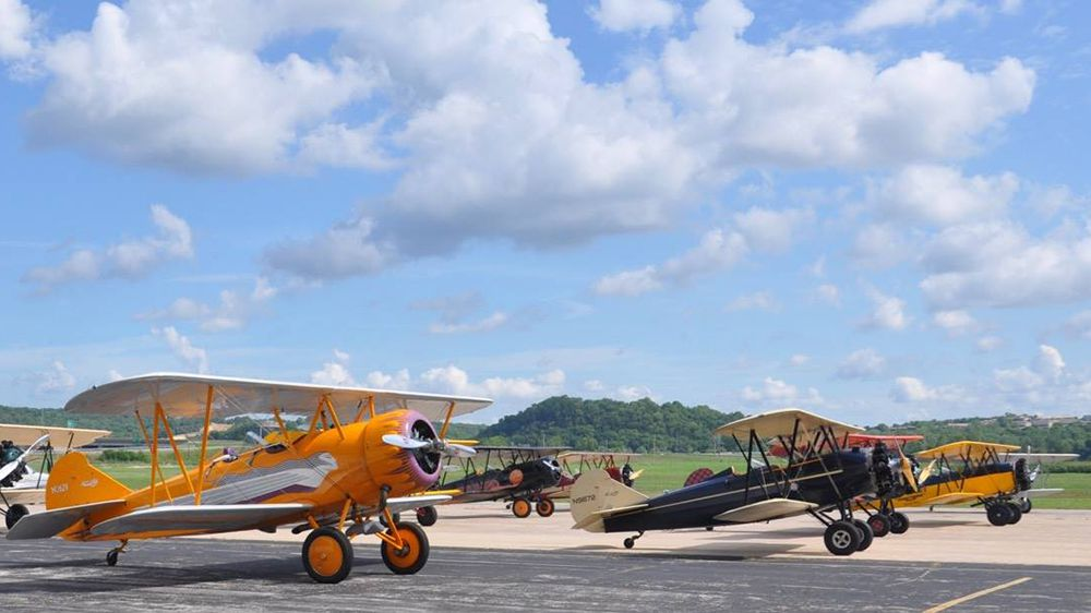 2018 American Barnstormers Tour Takes Off | Flying