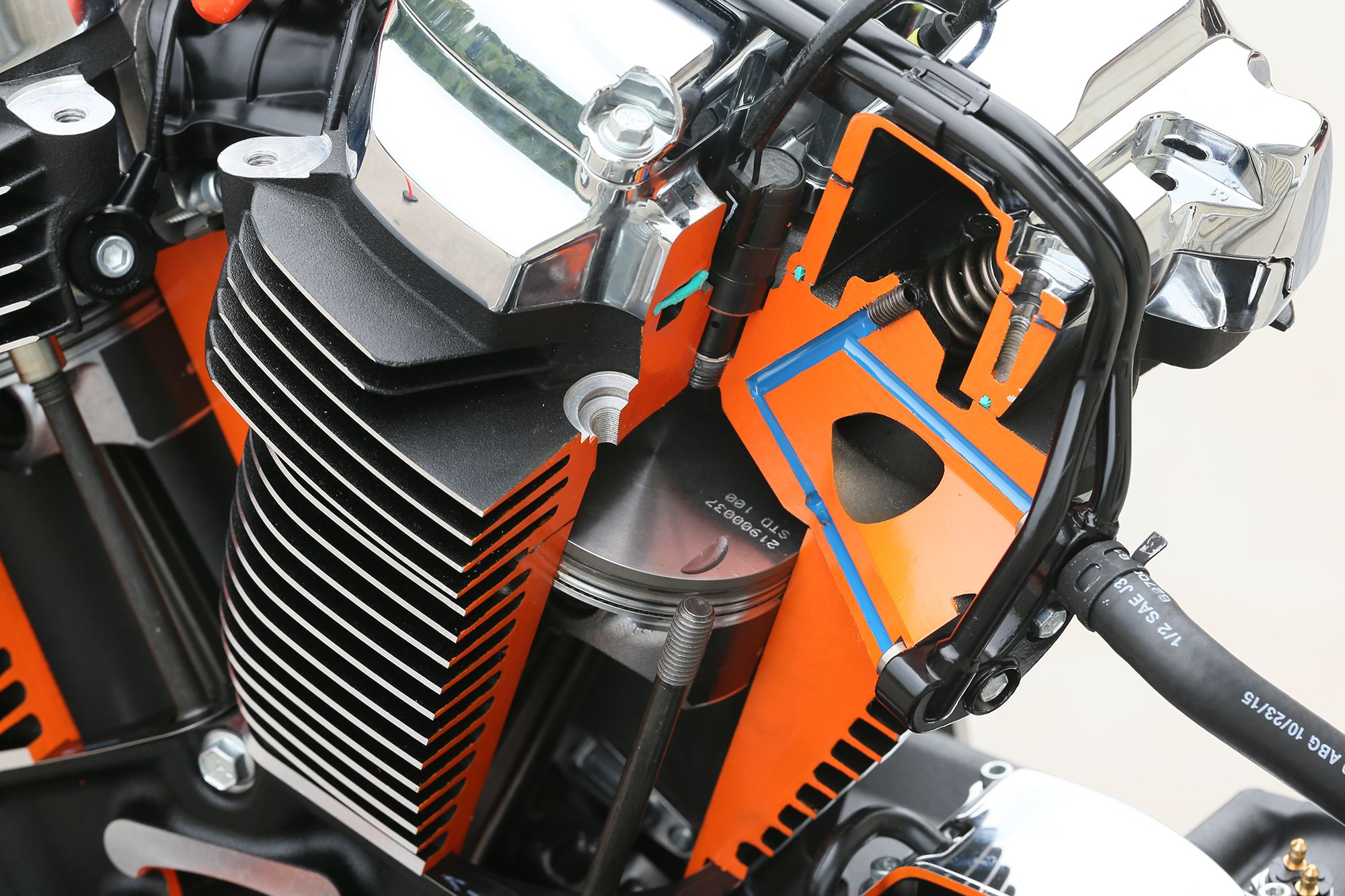 The New H-D Milwaukee-Eight V-Twin Engine for 2017 | Motorcyclist