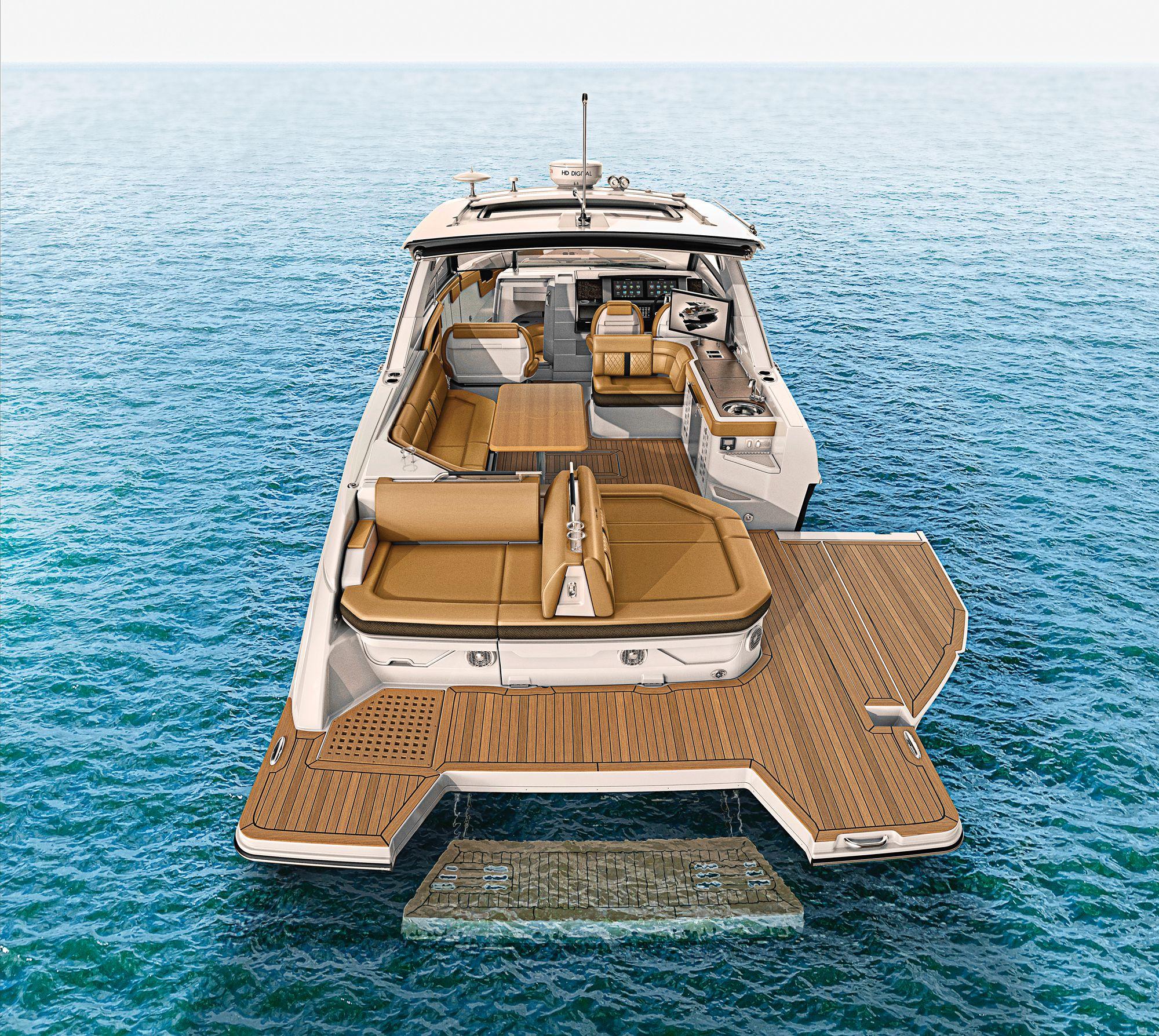 Sea Ray SLX 400 | Boating Magazine