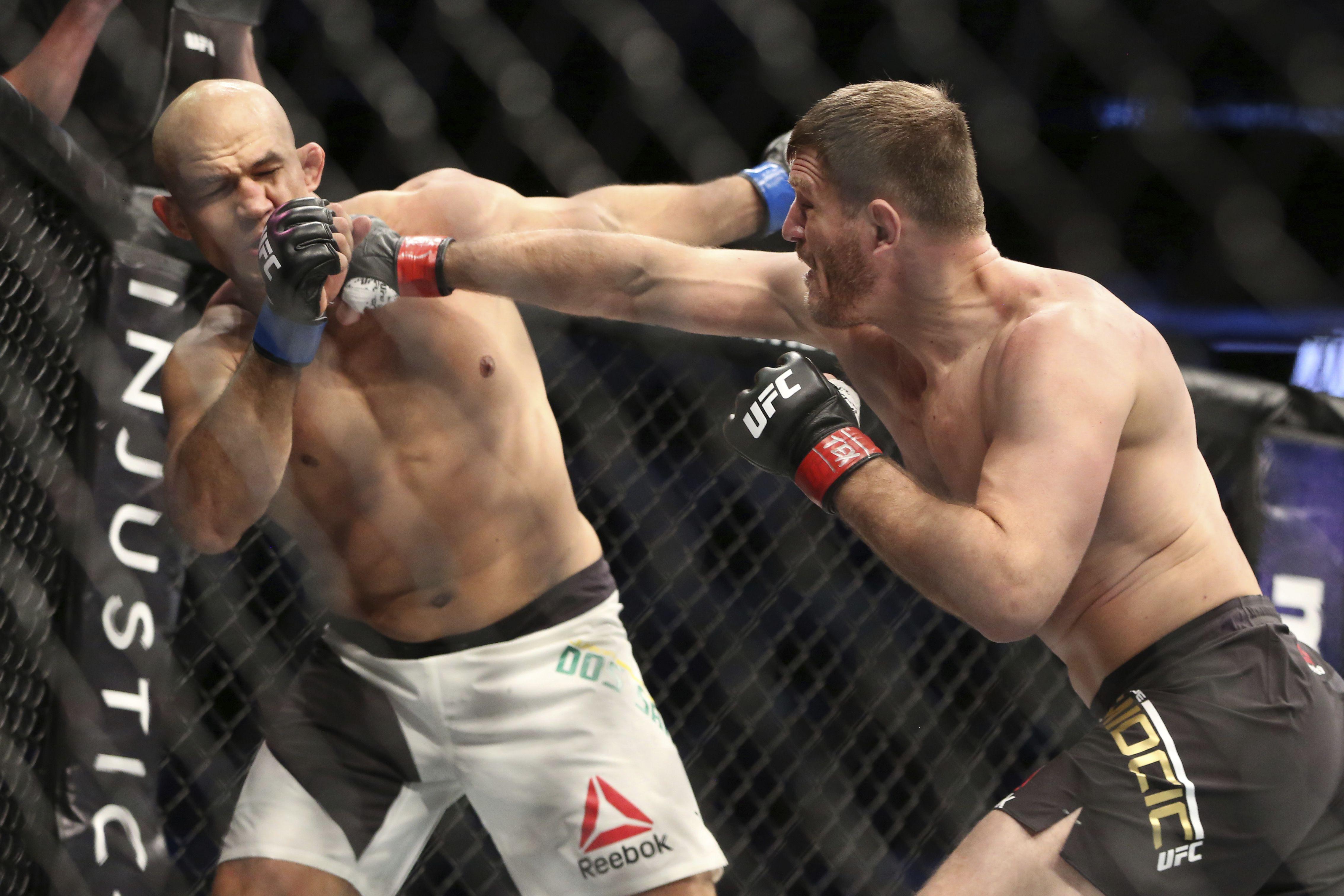 Ufc Fight Night Free Live Stream Watch Derrick Lewis Vs Junior Dos Santos Online 3 9 19 Time Fight Card Tickets Odds Nj Com