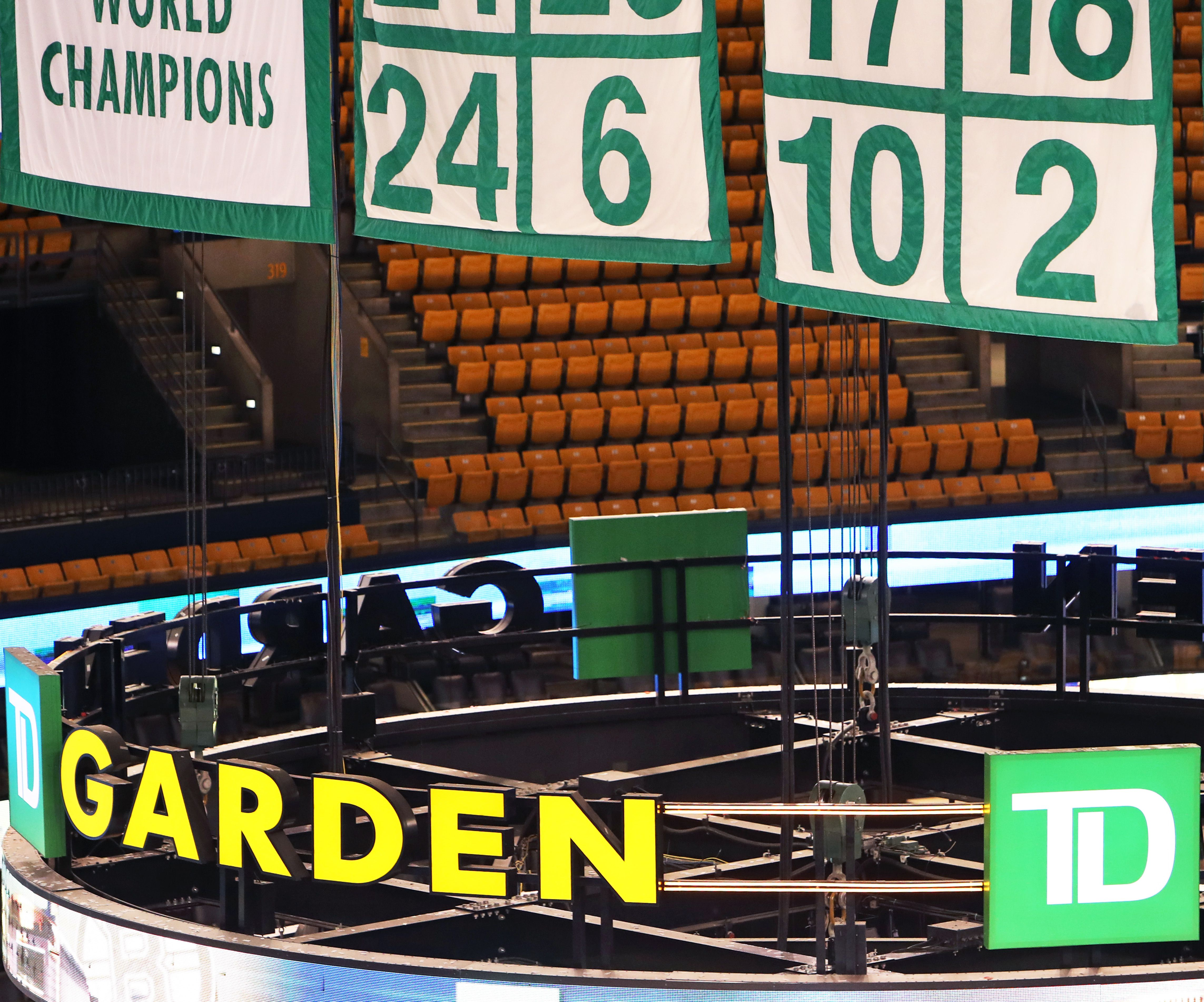 Why was Boston Garden nearly empty when Bill Russell's