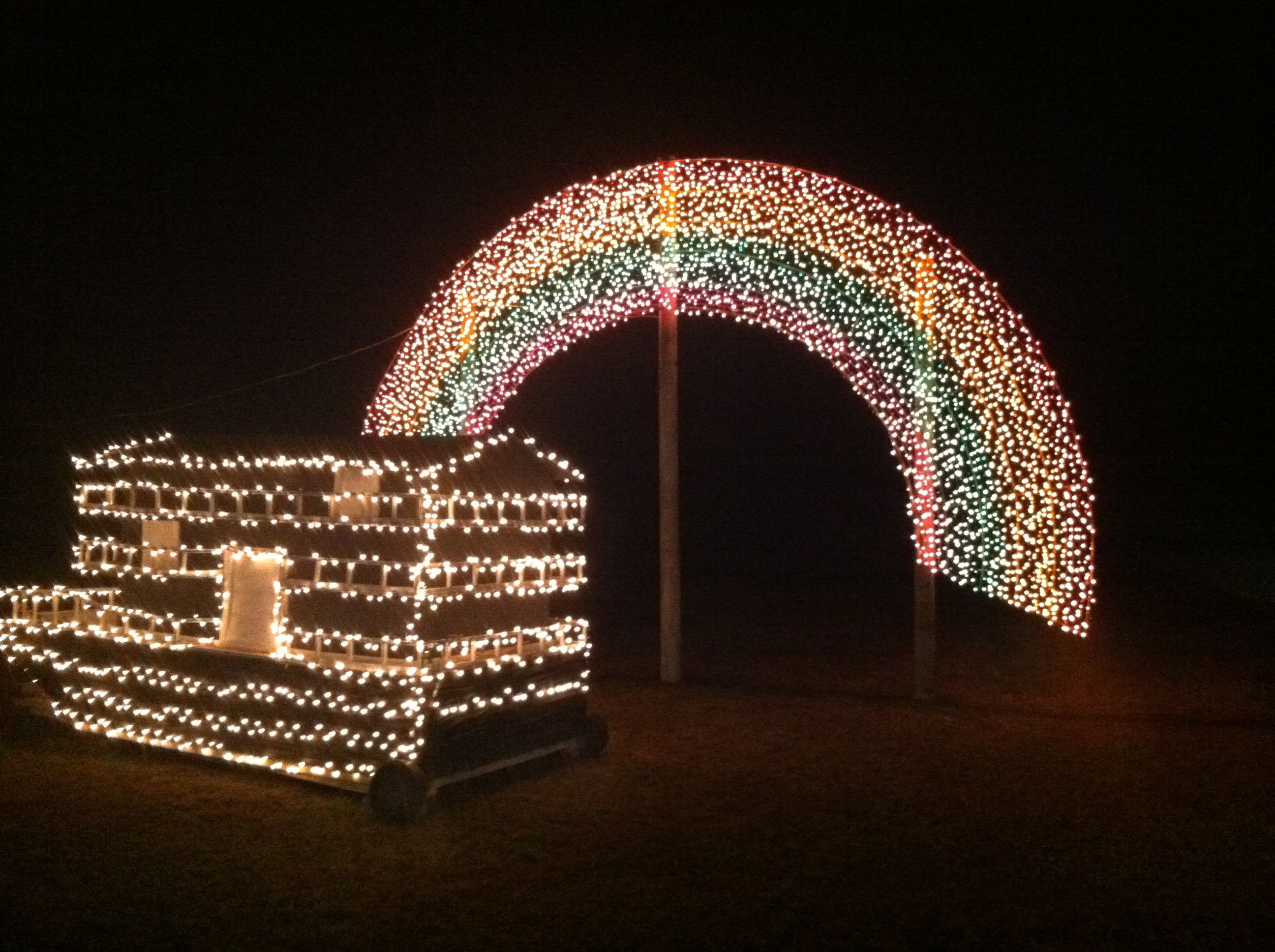 The Great Christmas Light Fight.Alabama Family Wins The Great Christmas Light Fight Al Com