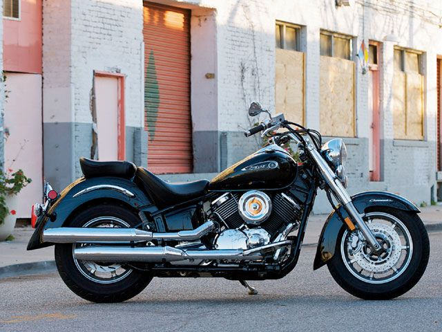 Yamaha V Star And Harley-Davidson Sportster 1100s - Stuck In The