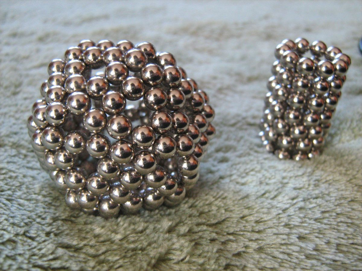 Those Little Magnetic Balls Are Back On The Market After A Two Year Ban Popular Science