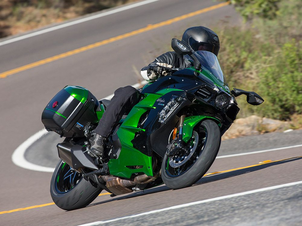 8b40b79f66c Kawasaki's 2018 H2 SX SE Is The Most Powerful Sport-Tourer You Can Buy |  Cycle World