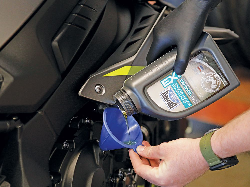 What To Do When Your Engine Oil Is Overfilled | Motorcyclist