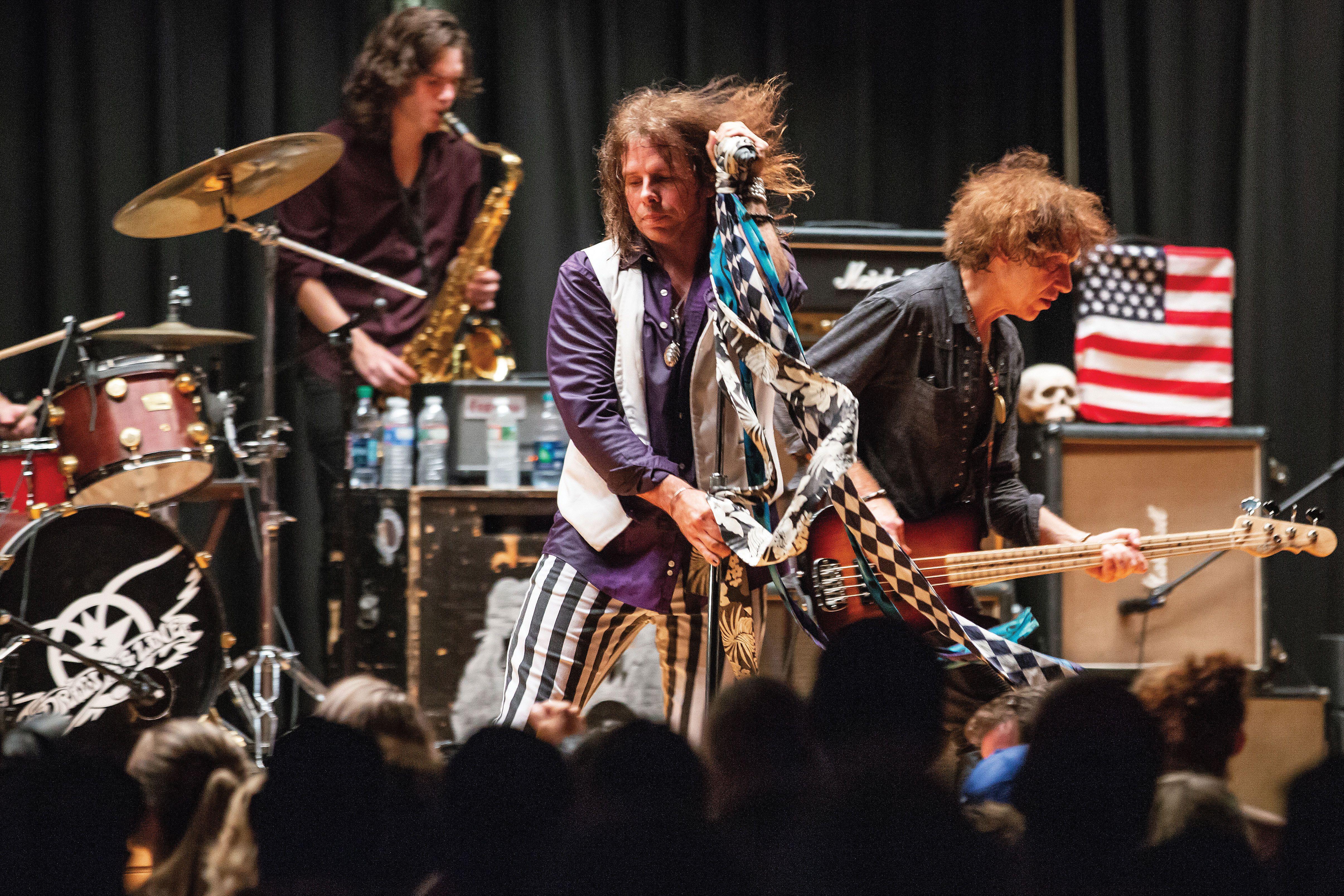 NEW /& OFFICIAL! Aerosmith /'Dude Looks Like A Baby/' Kids T-Shirt
