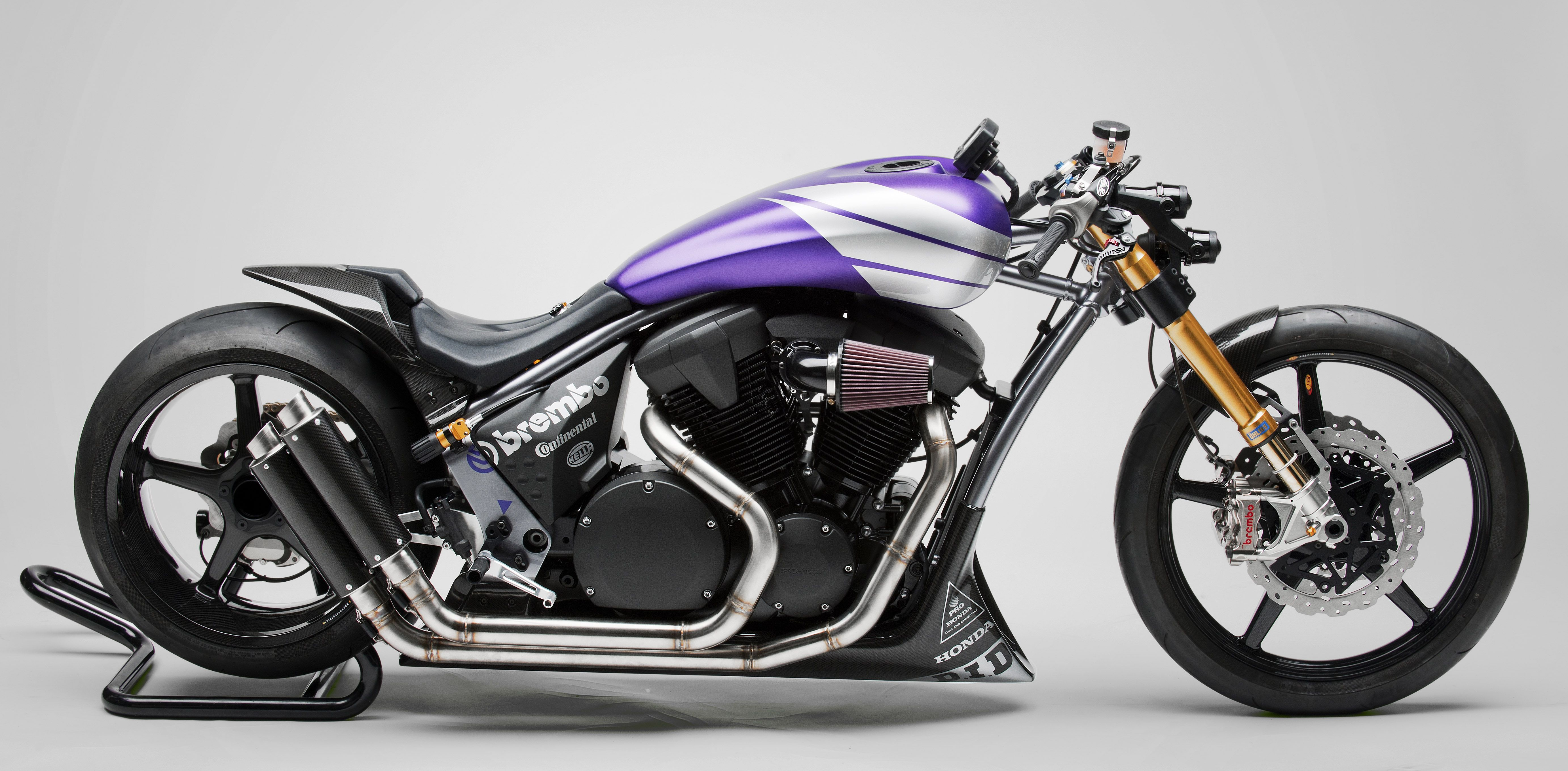 Honda Dishes Details on 2010 VT1300 Concept Customs at IMS
