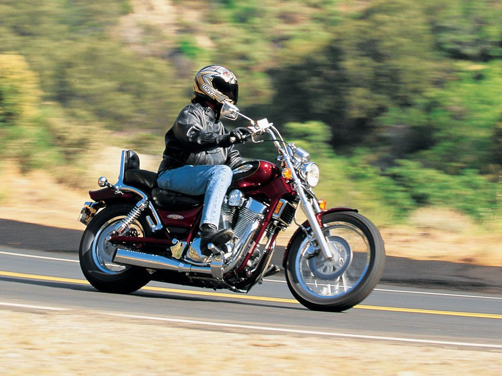 A Retro Review of the 1997 Suzuki Intruder 1400 | Motorcycle