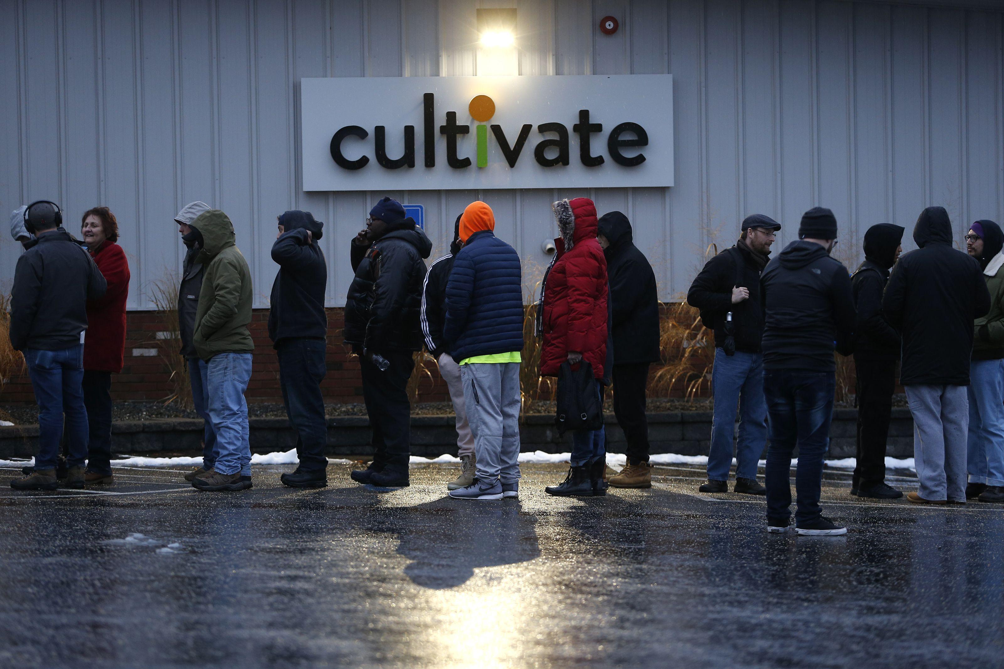 Recreational marijuana sales begin in Massachusetts, first