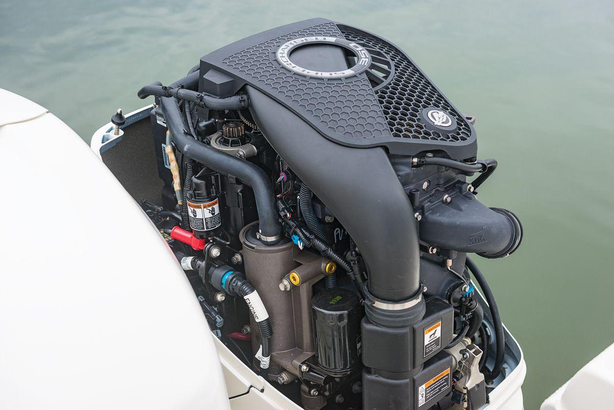 Mercury Outboards Verado 350, Racing 400R | Boating Magazine