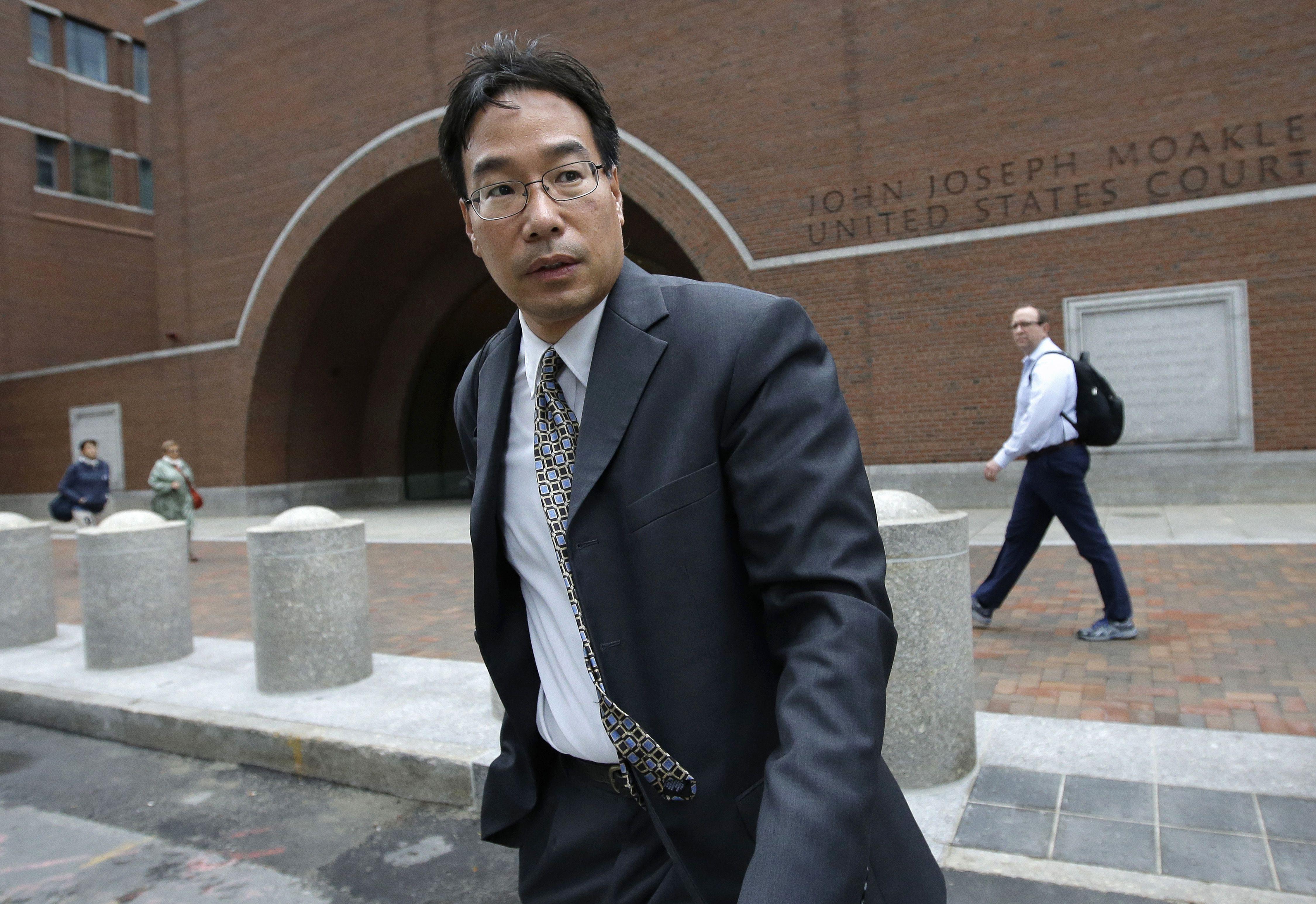 Trial of pharmacist charged in deadly meningitis outbreak begins