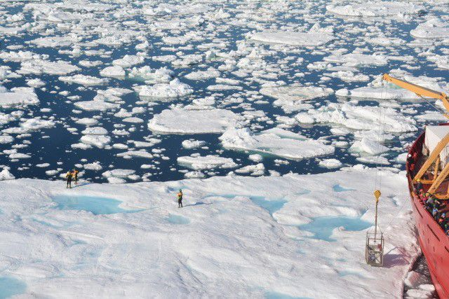 Path Across Frozen Arctic Tundra Was >> A Warmer Arctic Caused Icy Traffic Jams In Seas Down South Popular