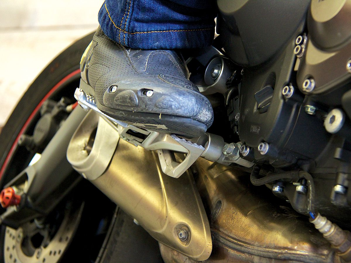 TECH TIPS: How To Adjust Your Clutch and Brake Levers/Pedals