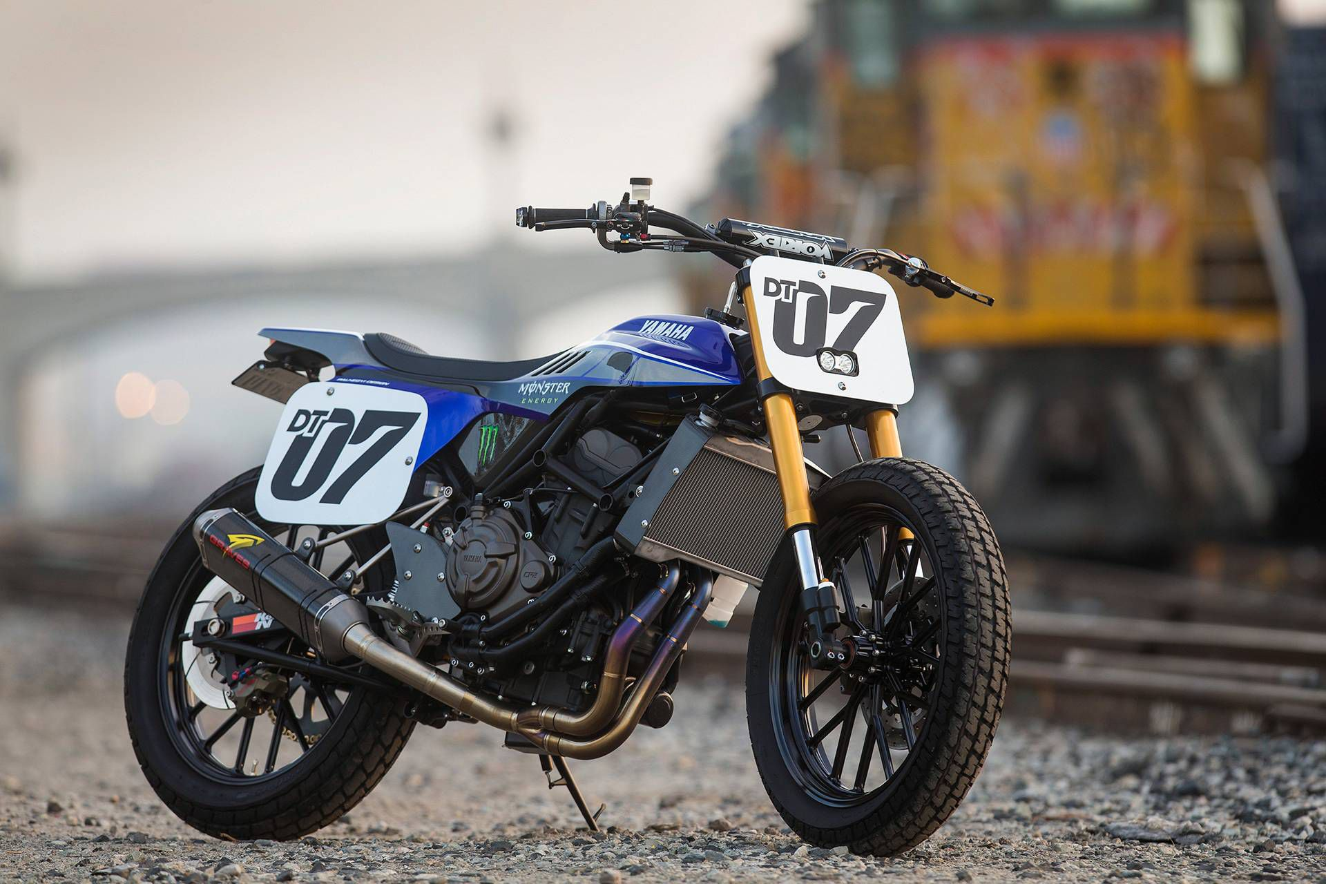 Yamaha YZF-R1-Powered R1DT Prototype Dirt-Track Racer
