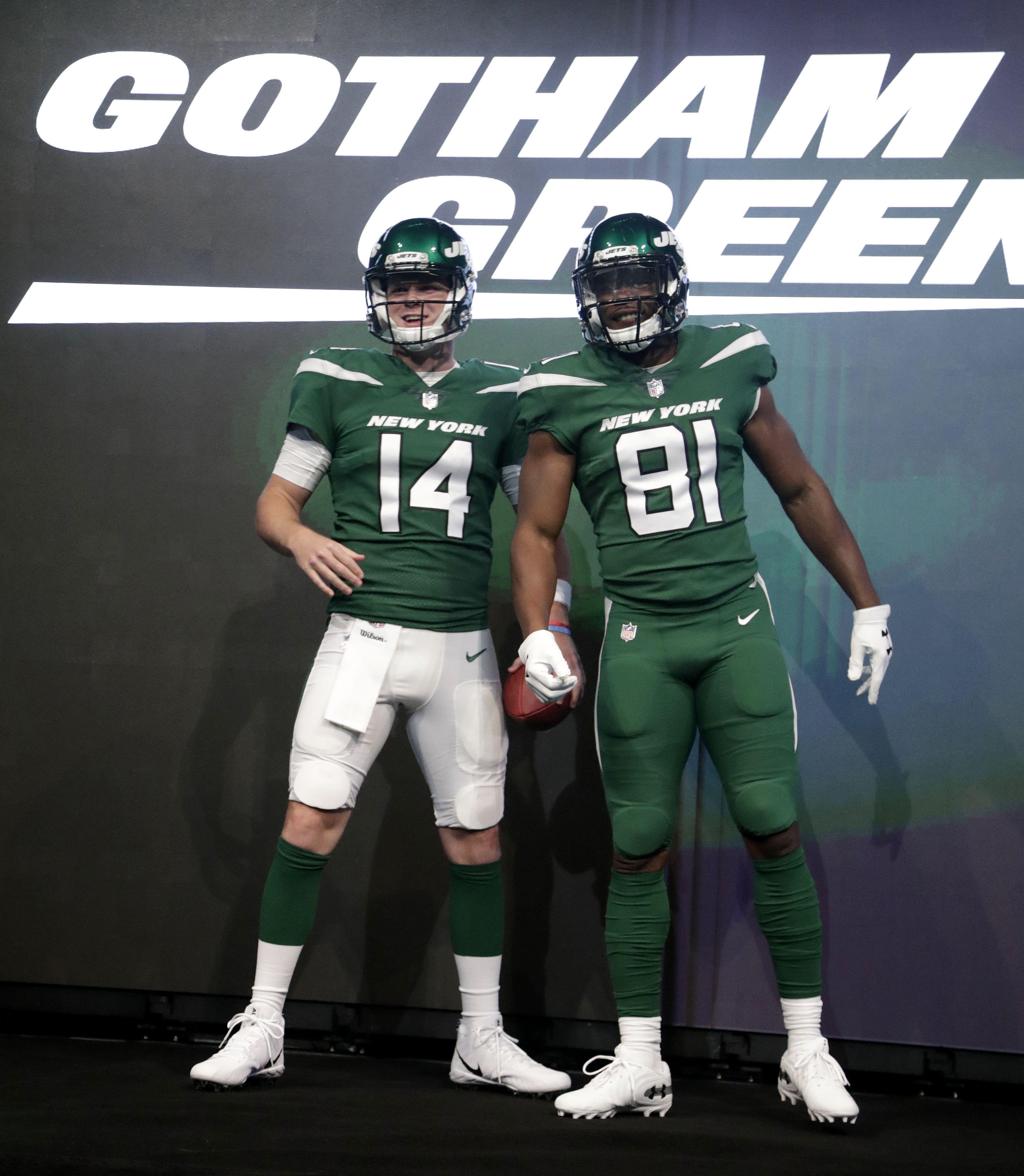 New York Jets unveil new uniforms, logo, colors (photos ...