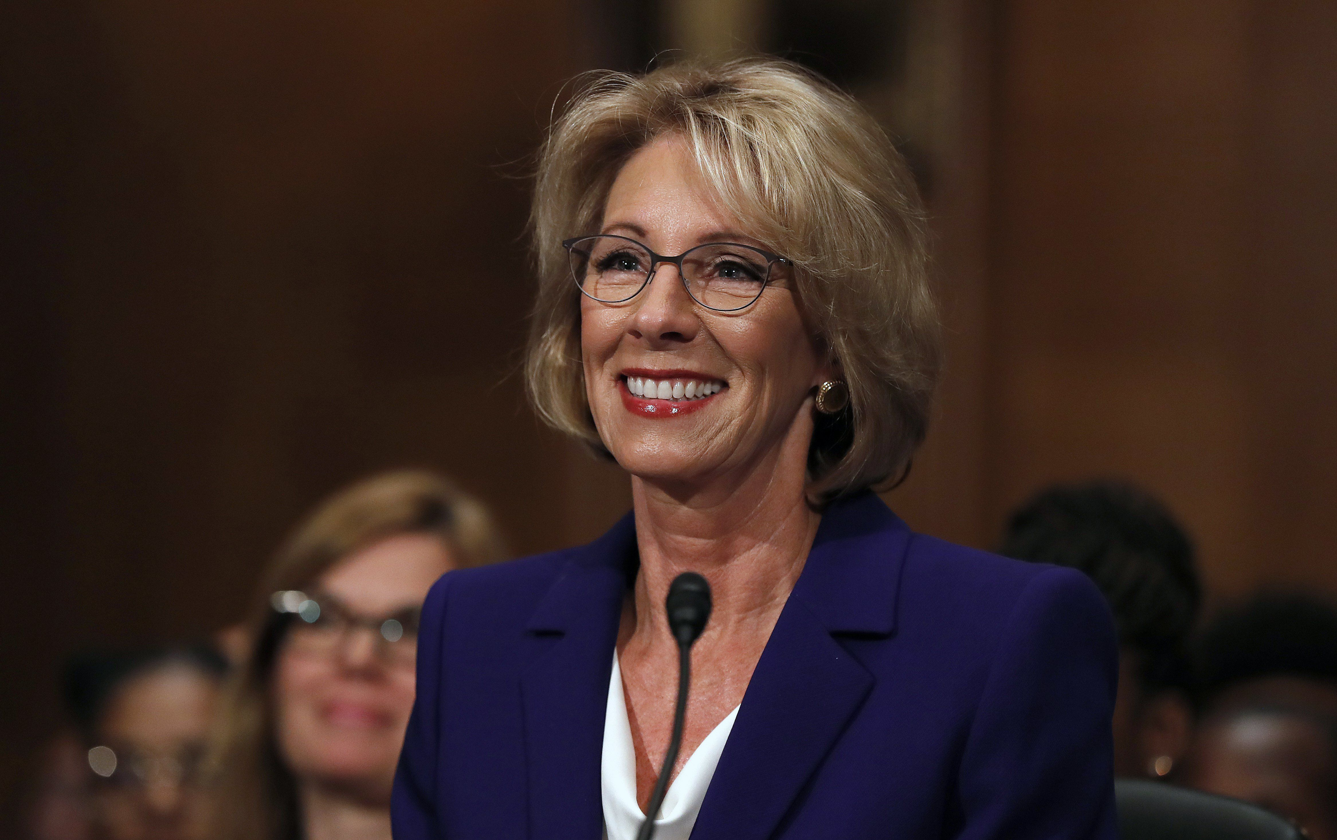 Teachers Union Boss Skewers Betsy Devos >> Betsy Devos Tried To Go To A D C School Protesters Blocked Her