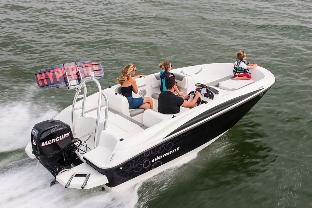 Bayliner Element | Boating Magazine